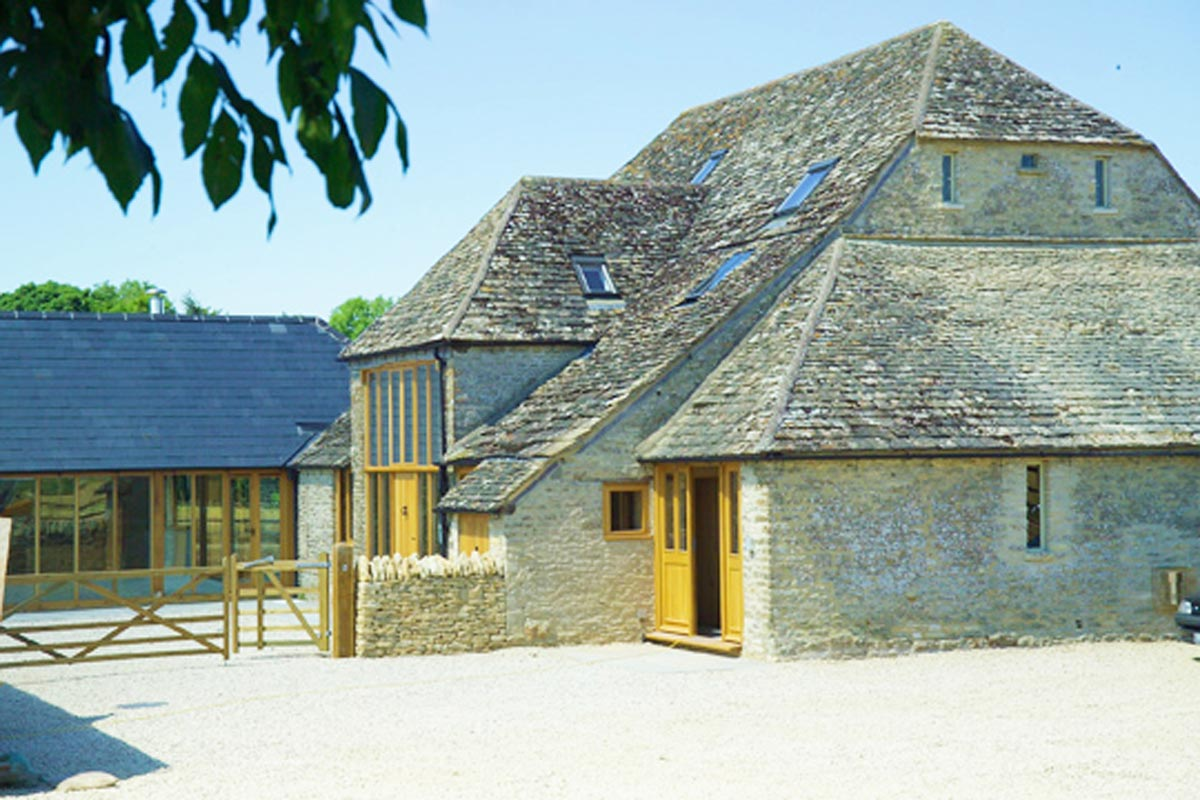 Period---Barn-House-Cirencester-GL7